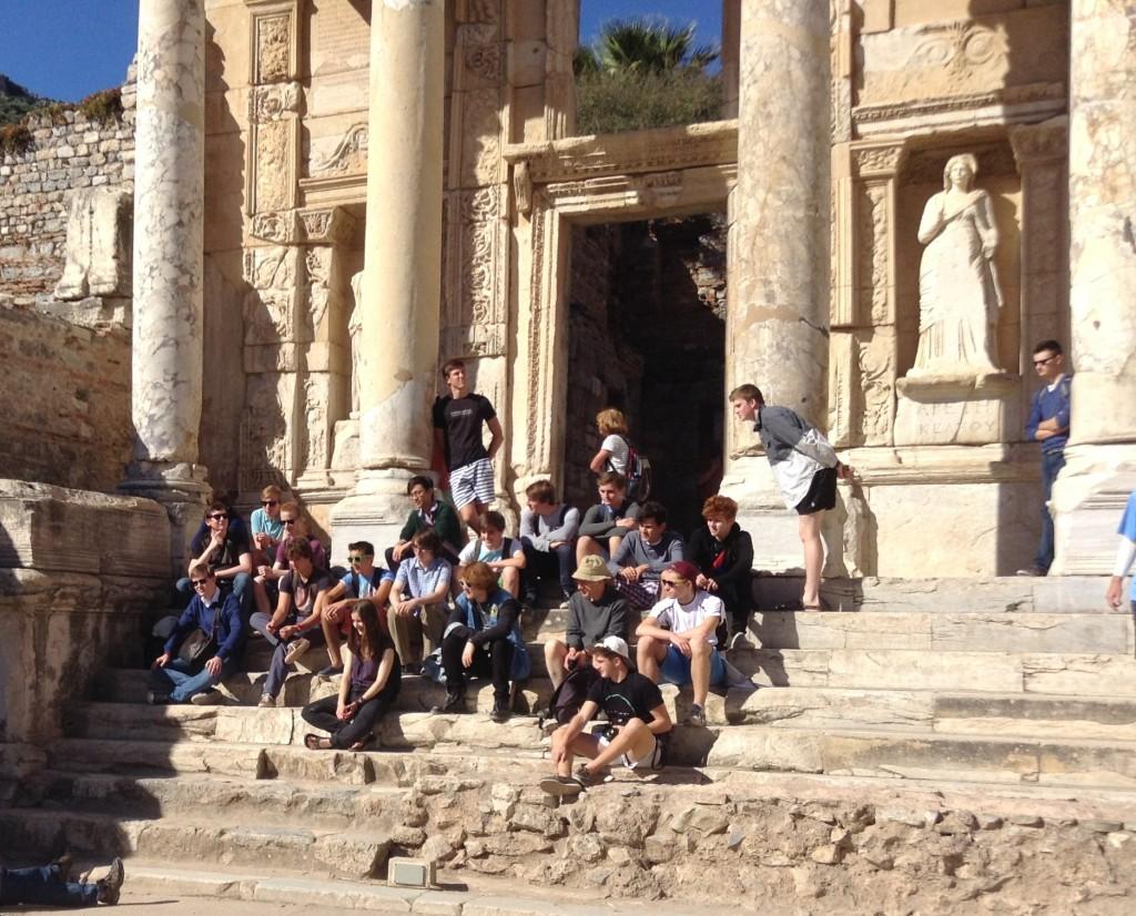 2014 Ephesus library school