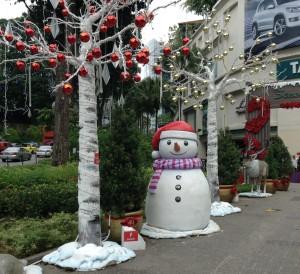 Singapore snowman